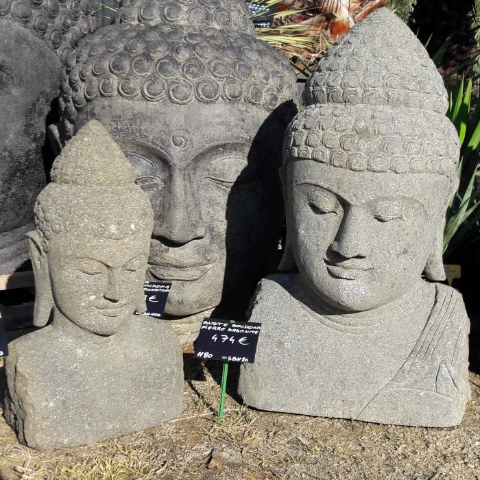 Statue buste Bouddha en pierre basanite